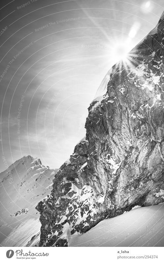 wonderwall Natur Landschaft Urelemente Luft Himmel Sonne Winter Schönes Wetter Eis Frost Schnee Felsen Alpen Berge u. Gebirge Gipfel Schneebedeckte Gipfel Stein