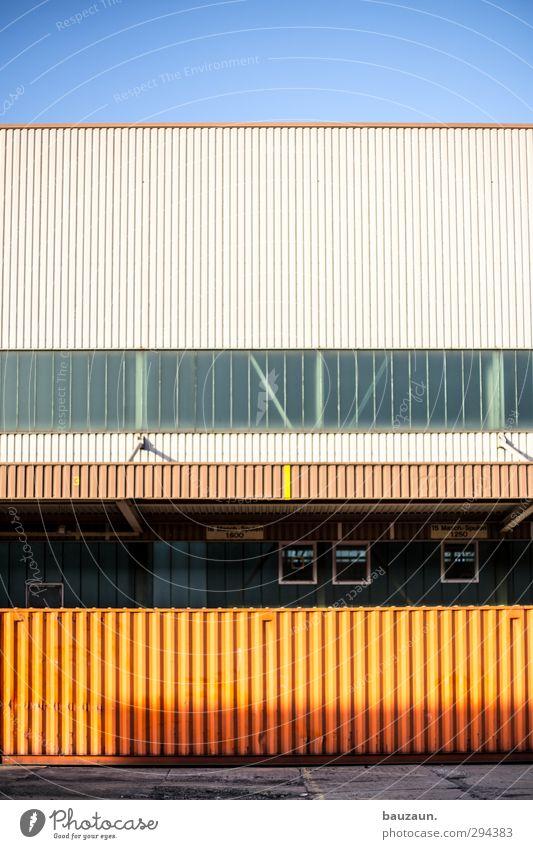 ||||||||||. Himmel blau Stadt Sonne Wand Architektur Mauer grau Gebäude Metall Business orange Fassade Glas Schönes Wetter Baustelle