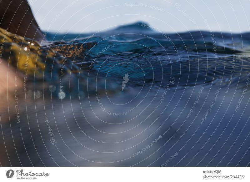 scary blue. Kunst ästhetisch Zufriedenheit Wasseroberfläche Wassersport Wasserwirbel Meer Wellen Wellengang Wellenform Wellenbruch sommerlich Sommerurlaub