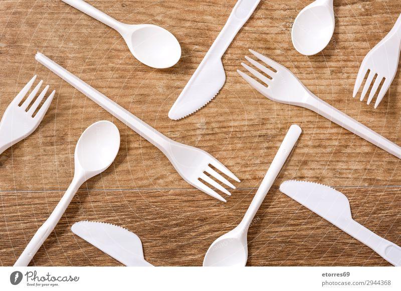 blau weiß Holz Umwelt Menschengruppe Geburtstag Tisch Küche Kunststoff Geschirr ökologisch Entwurf Löffel Recycling Besteck industriell