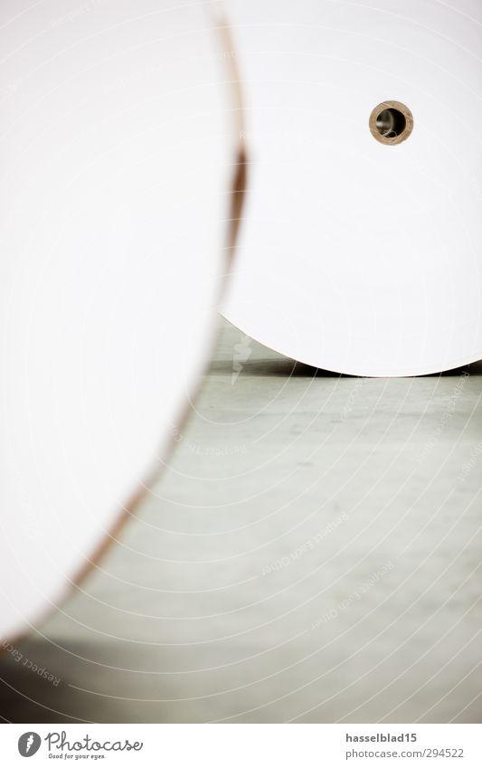 Paperwork Natur Umwelt Arbeit & Erwerbstätigkeit Kreis Technik & Technologie Papier Sauberkeit Beruf Zeitung Loch Informationstechnologie ökologisch nachhaltig