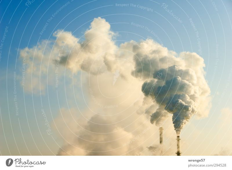 Raucher blau Wärme grau Deutschland Energiewirtschaft hoch geschlossen Europa Industrie Schönes Wetter viele Wolkenloser Himmel Abgas Schornstein Klimawandel