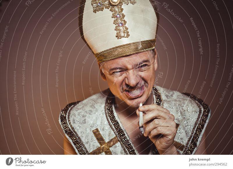 It Ain't Me Babe Religion & Glaube braun gold Coolness Wandel & Veränderung Rauchen Christliches Kreuz trendy skurril trashig Euphorie Katholizismus Geistlicher