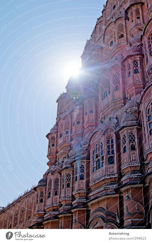 Palast der Winde Jaipur Indien Asien Stadt Altstadt Haus Burg oder Schloss Bauwerk Gebäude Architektur Mauer Wand Fassade Fenster Sehenswürdigkeit Wahrzeichen
