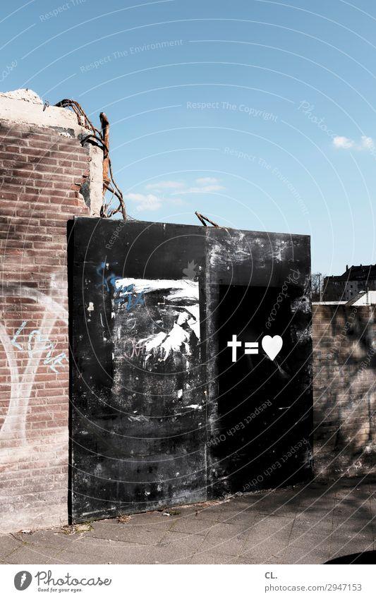 abriss Himmel Wolkenloser Himmel Schönes Wetter Düsseldorf Deutschland Stadt Menschenleer Ruine Gebäude Abrissgebäude Mauer Wand Tür Wege & Pfade Zeichen Herz