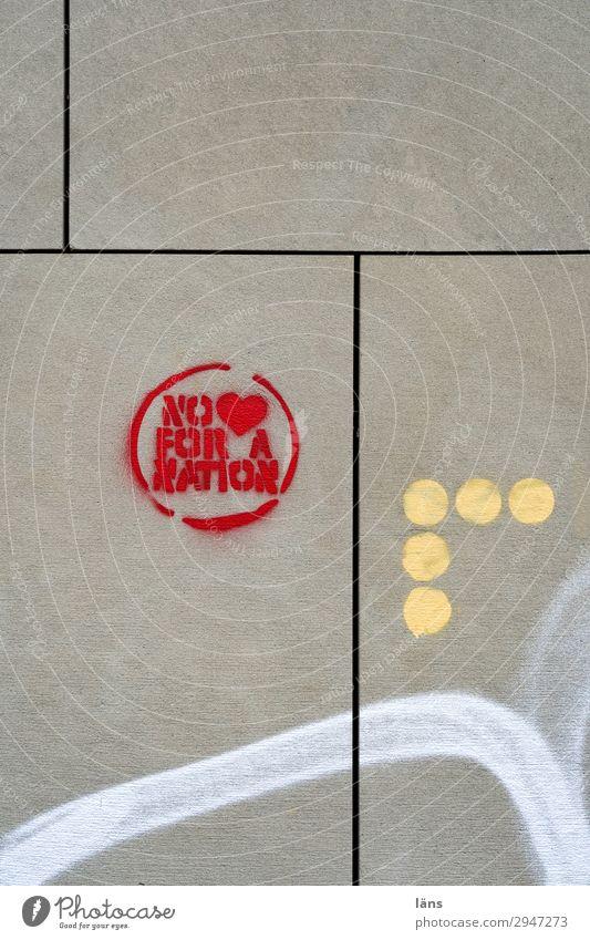 no love for a nation Wand Graffiti Schriftzeichen Liebe Herz Botschaft