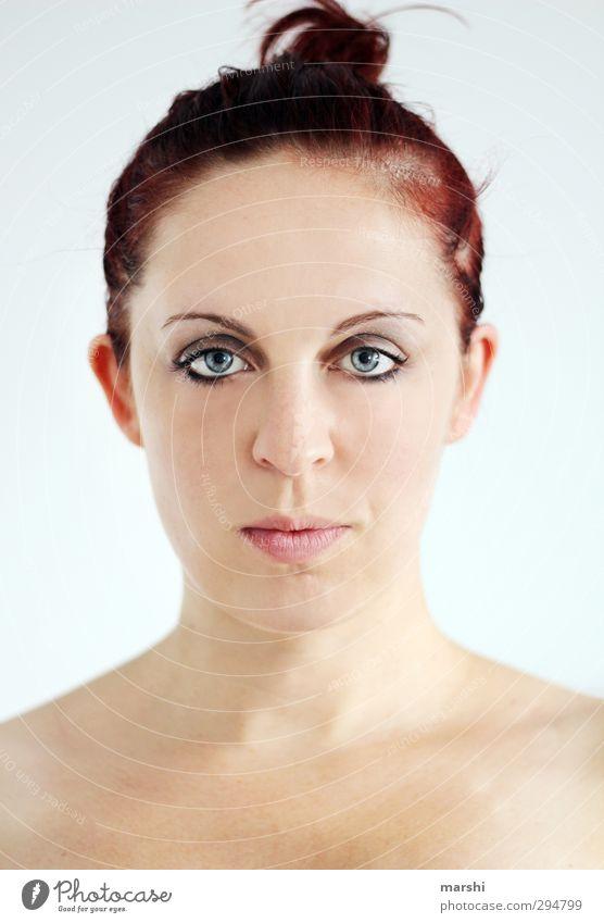 Dutt Stil Freizeit & Hobby Mensch feminin Junge Frau Jugendliche Erwachsene Haut Kopf Gesicht 1 Haare & Frisuren rothaarig Gefühle Stimmung Blick in die Kamera