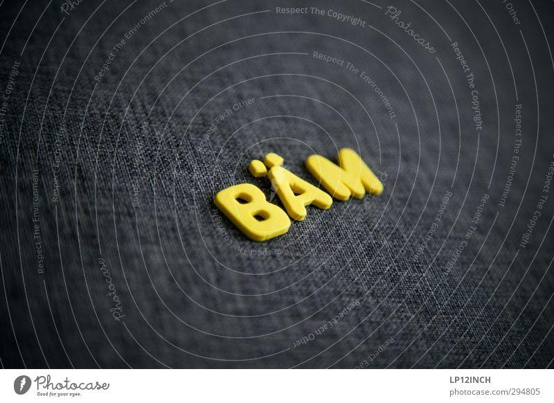 Digger! gleich machts... gelb Gefühle sprechen Stimmung Angst Kraft Schriftzeichen Kommunizieren Macht Jugendkultur Wut trendy Schmerz Gewalt Gesellschaft (Soziologie) Aggression