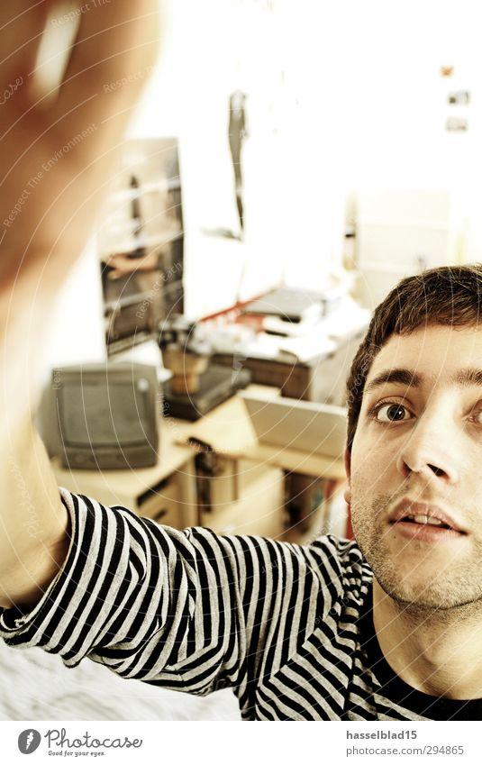 Studentenzimmer Mensch Jugendliche Junger Mann 18-30 Jahre Erwachsene Stil Glück maskulin Design Raum Büro lernen Studium Bildung Student Reichtum