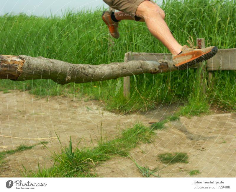 jump! springen Leichtathletik Puma Hochsprung
