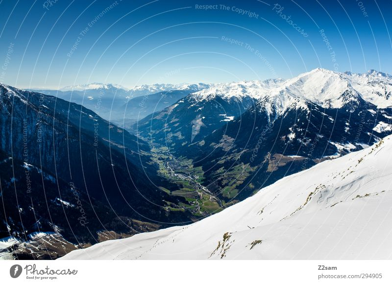 Passeiertal Natur Landschaft Wolkenloser Himmel Winter Schnee Alpen Berge u. Gebirge Gipfel gigantisch Unendlichkeit hoch kalt oben blau braun grün Freiheit
