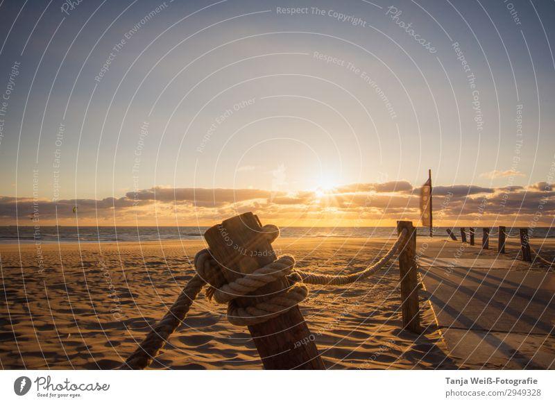 Sonnenuntergang am Strand Sommerurlaub Landschaft Sand Wasser Himmel Horizont Sonnenaufgang Küste Nordsee Meer Erholung Farbfoto Außenaufnahme Menschenleer
