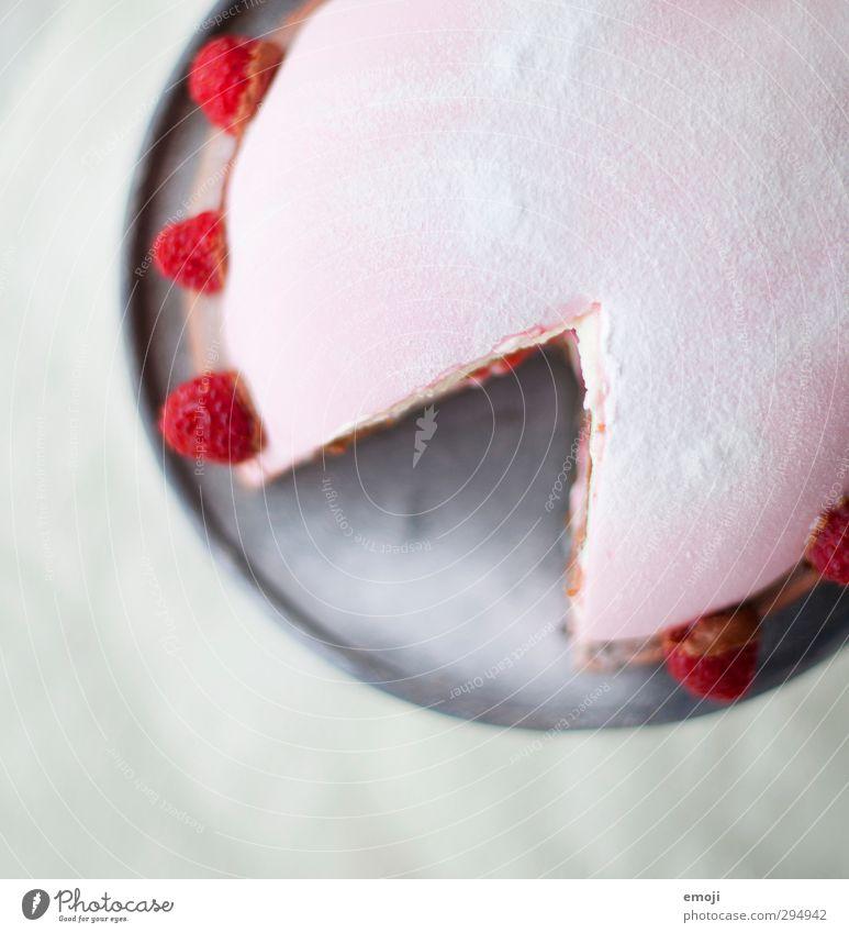 schon probiert? Dessert Süßwaren Torte Himbeeren Ernährung Teller lecker süß rosa Farbfoto Innenaufnahme Nahaufnahme Detailaufnahme Menschenleer