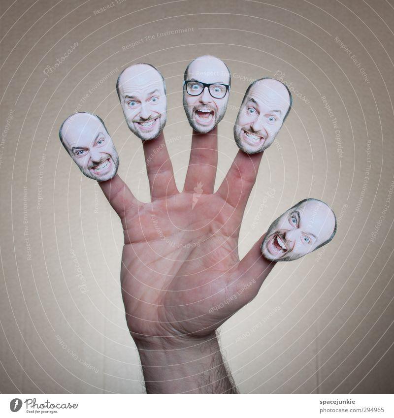 Die verrückte Hand Mensch Mann Jugendliche Erwachsene Junger Mann lustig Kopf außergewöhnlich maskulin verrückt beobachten Brille Zusammenhalt gruselig skurril schwarzhaarig