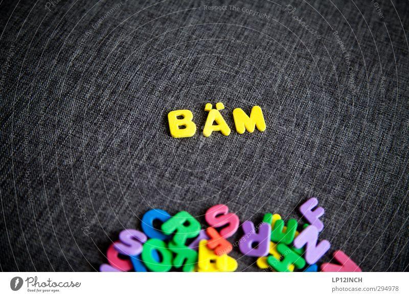 Buchstaben BÄM gelb Angst Schriftzeichen Macht lesen Kunststoff Spielzeug Wut Schmerz Gewalt Konflikt & Streit Stress Kontrolle Zerstörung Aggression wählen