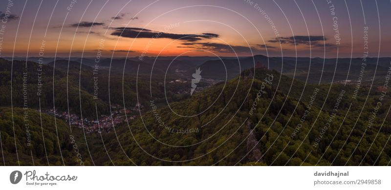 Pfälzerwald Ferien & Urlaub & Reisen Tourismus Ausflug Abenteuer Sightseeing Berge u. Gebirge wandern Umwelt Natur Landschaft Horizont Sonnenaufgang
