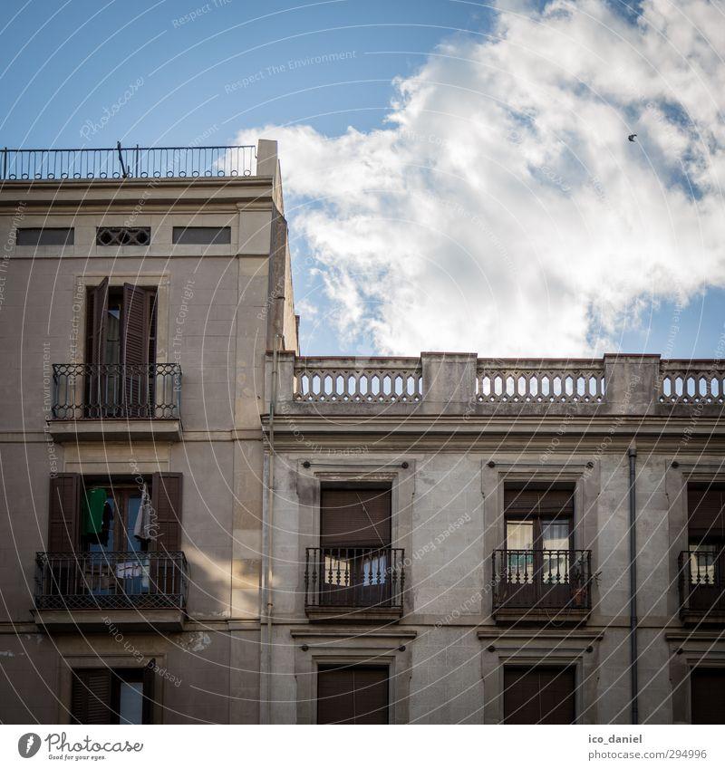 Spanische Häuser Ferien & Urlaub & Reisen Stadt Wolken Haus Fenster Wand Architektur Mauer Gebäude Stein Fassade Wohnung Tür Lifestyle Häusliches Leben Tourismus