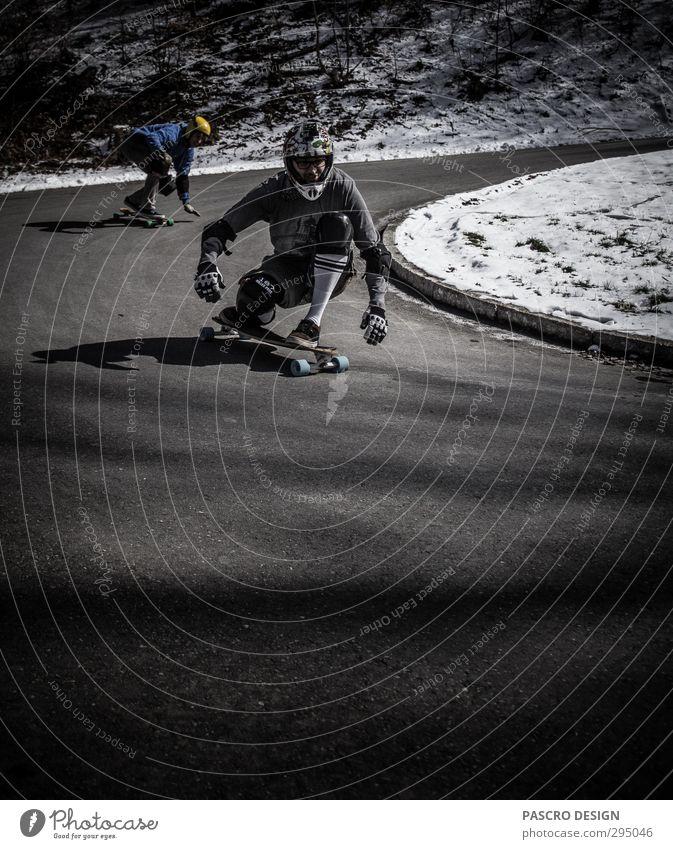 Downhill Leben Schutzbekleidung Helm fahren Sport außergewöhnlich Coolness trendy einzigartig rebellisch Geschwindigkeit sportlich verrückt Freude Glück