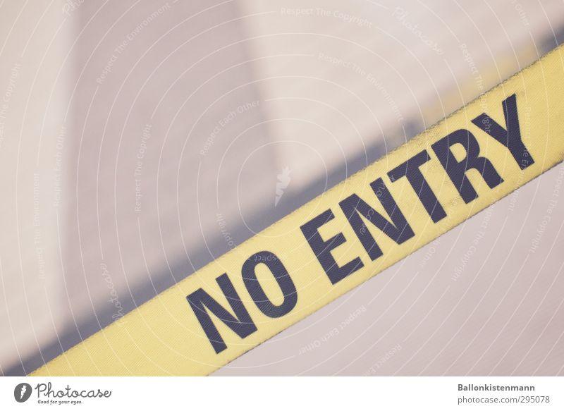 No Entry. For Old Men. schwarz gelb Bewegung Wege & Pfade Gebäude Schilder & Markierungen Schriftzeichen gefährlich Beginn Hinweisschild Coolness retro Zeichen