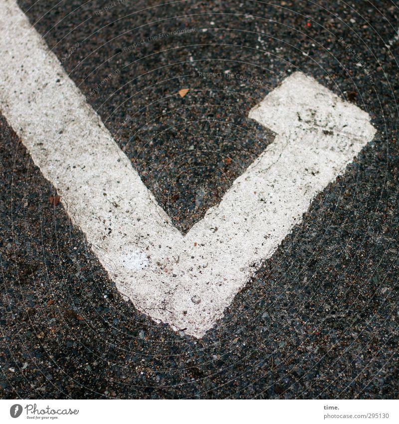 abgehakt Stadt weiß Farbe schwarz Wege & Pfade grau elegant Zufriedenheit Ordnung Platz Hinweisschild planen einfach Ziffern & Zahlen Zeichen Asphalt