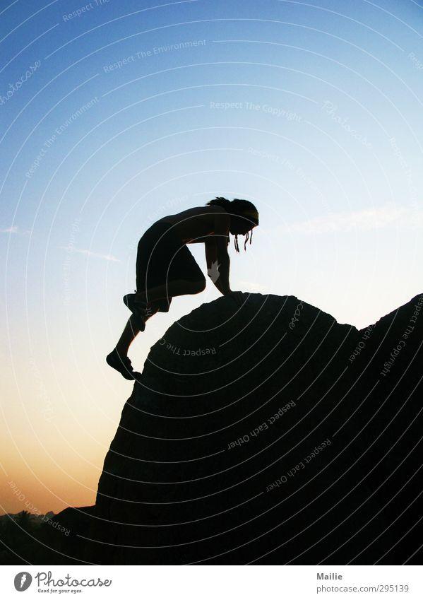 Hoch hinaus Lifestyle Freizeit & Hobby Abenteuer Ferne Freiheit Sport Klettern Bergsteigen maskulin Sonnenaufgang Sonnenuntergang Felsen