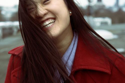 freu dich! Jugendliche schön rot Freude Junge Frau Erwachsene Gefühle lachen Haare & Frisuren 18-30 Jahre Glück Kopf außergewöhnlich authentisch Lächeln