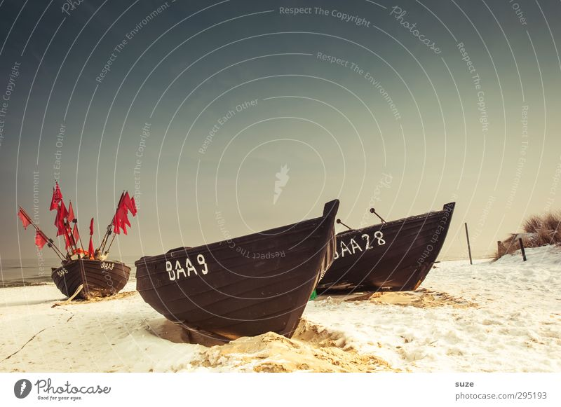 Een, twej, een twej, drej Himmel Natur alt Meer Einsamkeit Landschaft ruhig Winter Strand Umwelt kalt Schnee Küste Sand Horizont liegen