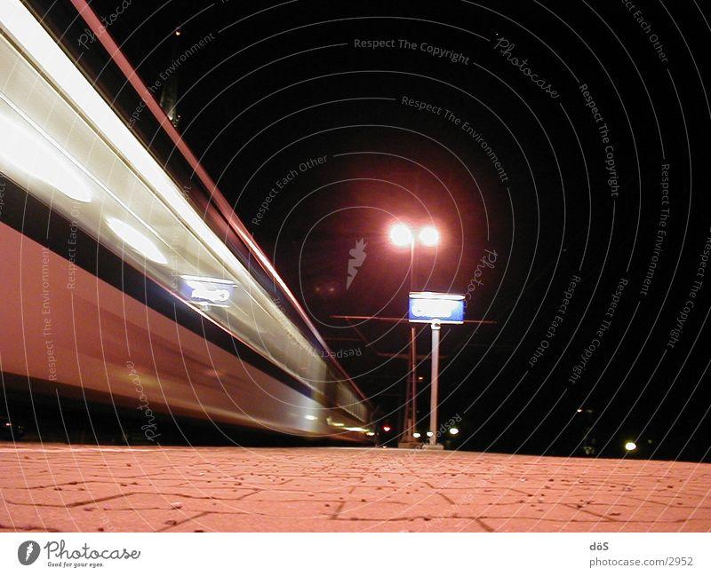 schnellzug 01 Eisenbahn Geschwindigkeit Schnellzug Verzerrung