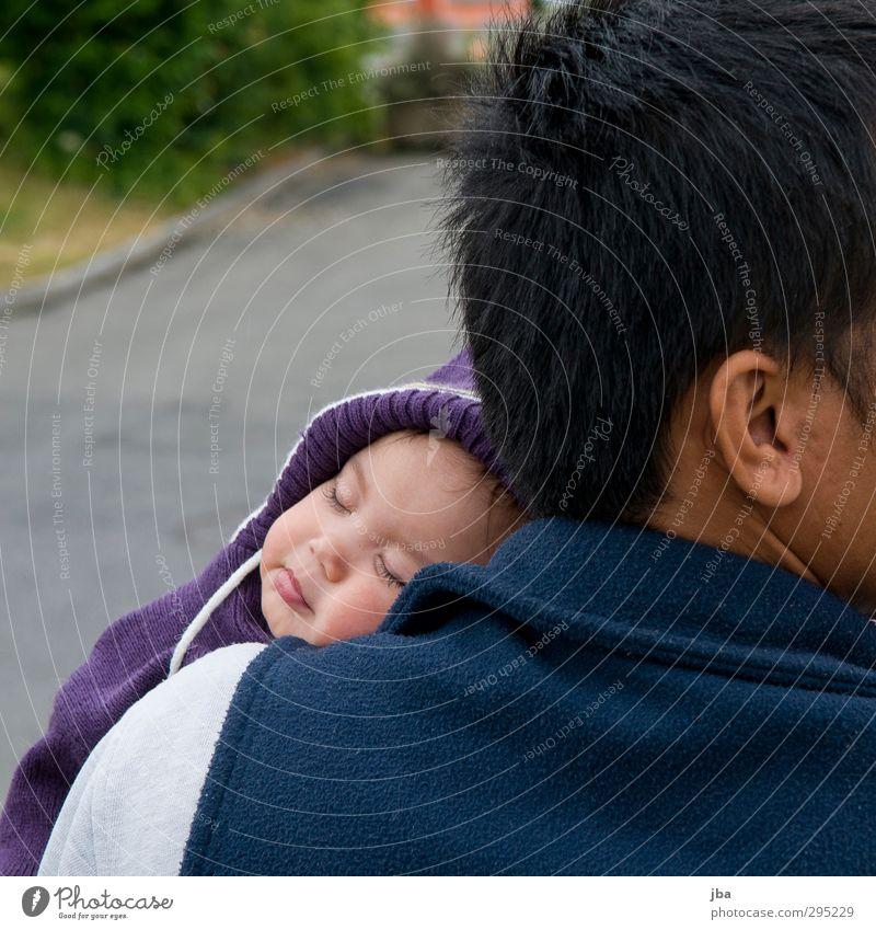 Geborgenheit Zufriedenheit Baby Haare & Frisuren Ohr 0-12 Monate schlafen Farbfoto Tag Starke Tiefenschärfe geschlossene Augen