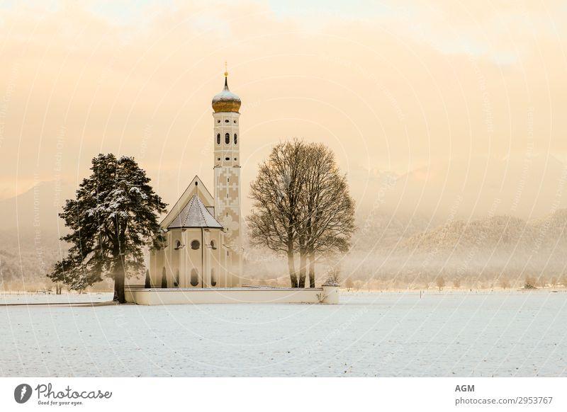 Kirche Sankt Coloman in Bayern bei Schwangau harmonisch ruhig Meditation Ferien & Urlaub & Reisen Tourismus Ausflug Sightseeing Winter Schnee Berge u. Gebirge