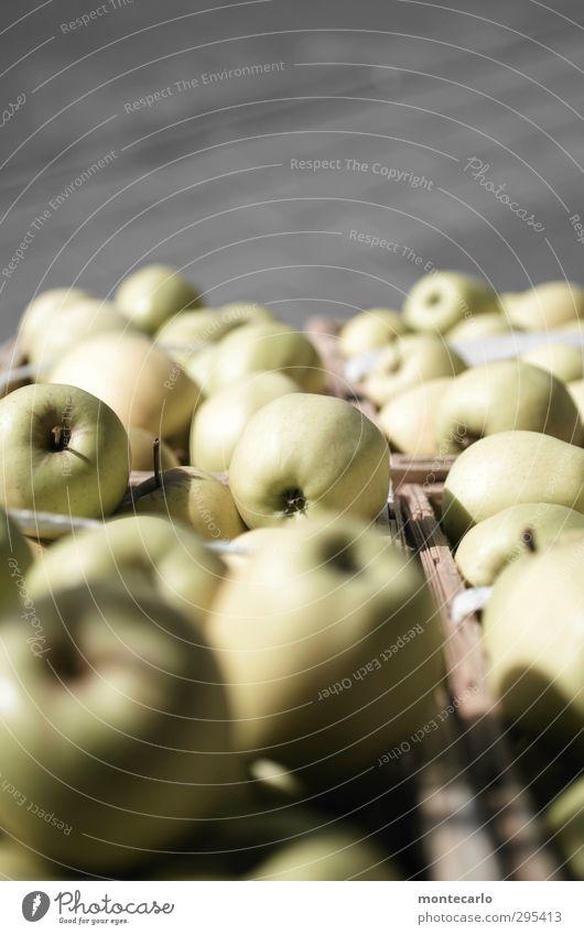 Timmitom...damit du gesund und stark bleibst.. grün gelb grau natürlich Lebensmittel Frucht authentisch frisch Ernährung rund Apfel lecker Duft saftig Vegetarische Ernährung