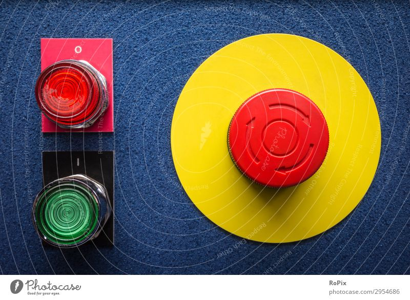 rot gelb Umwelt Business Arbeit & Erwerbstätigkeit Design Metall Energiewirtschaft Technik & Technologie Industrie Klima Zeichen Pause Beruf stoppen Fabrik