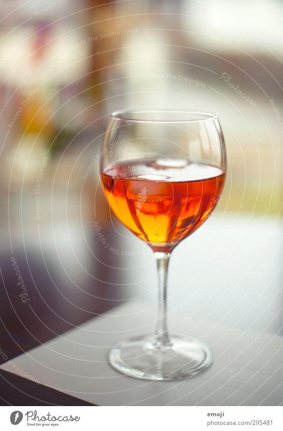 sich den Frühling nach Hause holen Glas Getränk süß lecker Alkohol Erfrischungsgetränk Sekt Limonade Prosecco Sektglas