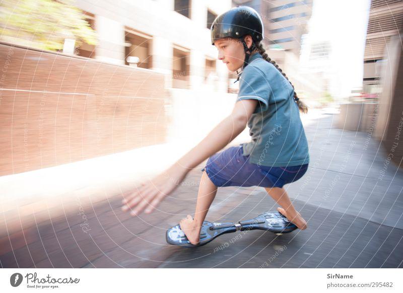 219 [high-speed inner city] Kinderspiel Sport Skateboard Skateboarding Jayboard Bürogebäude Jugendliche Mensch 8-13 Jahre Kindheit Architektur Jugendkultur