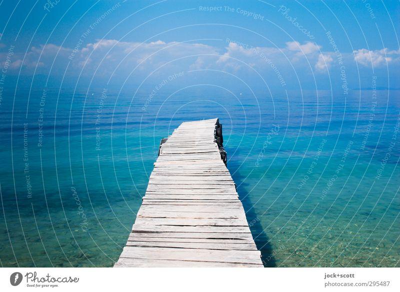 Einsicht mit Weitblick harmonisch Freiheit Sommer Wasser Himmel Wolken Schönes Wetter Küste Meer Korfu Griechenland Holz leuchten Ferne frei lang Wärme Stimmung