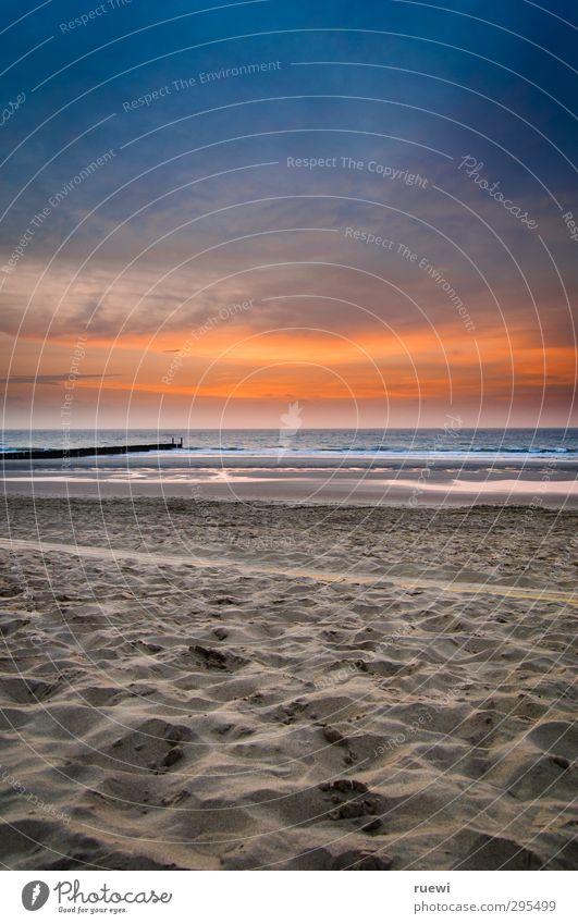 Bald wieder im Angebot: Sommer Schwimmen & Baden Ferien & Urlaub & Reisen Tourismus Ferne Sommerurlaub Strand Meer Landschaft Sand Wasser Himmel Wolken