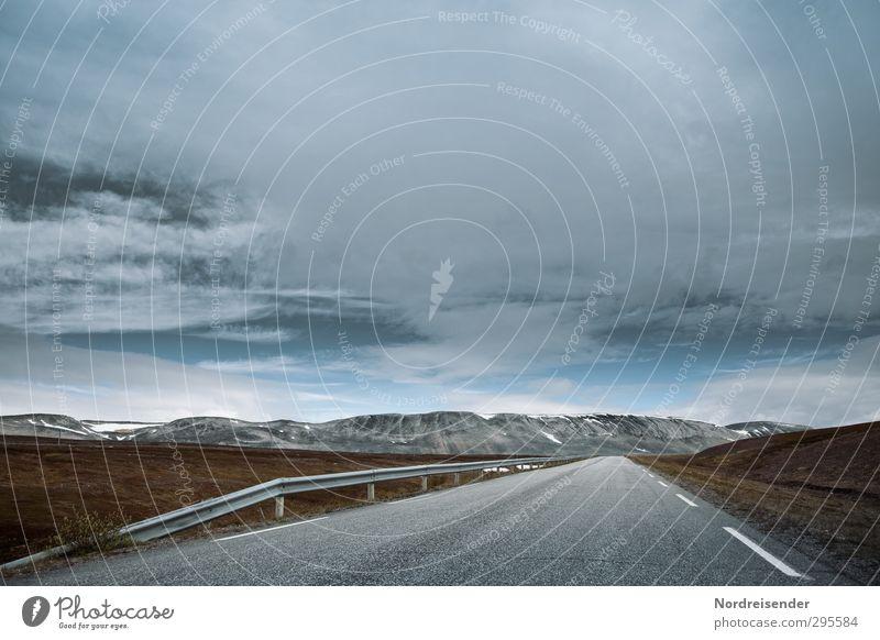 Endlos..... Himmel Ferien & Urlaub & Reisen Einsamkeit Landschaft ruhig Erholung Ferne Berge u. Gebirge Straße Horizont Wetter Klima Verkehr frei Beginn