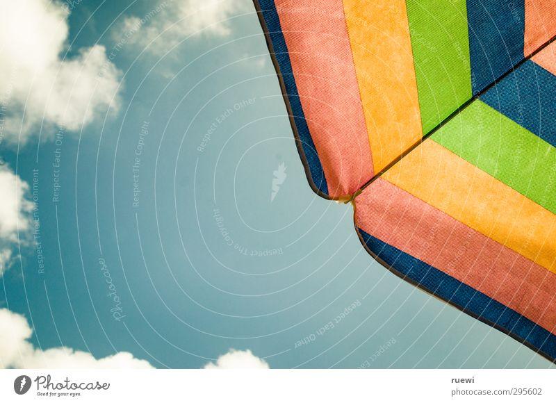 Wenn ich nicht hier bin... Himmel blau Ferien & Urlaub & Reisen grün weiß Sommer Sonne rot Freude Wolken Strand gelb Ferne Wärme Freiheit Luft