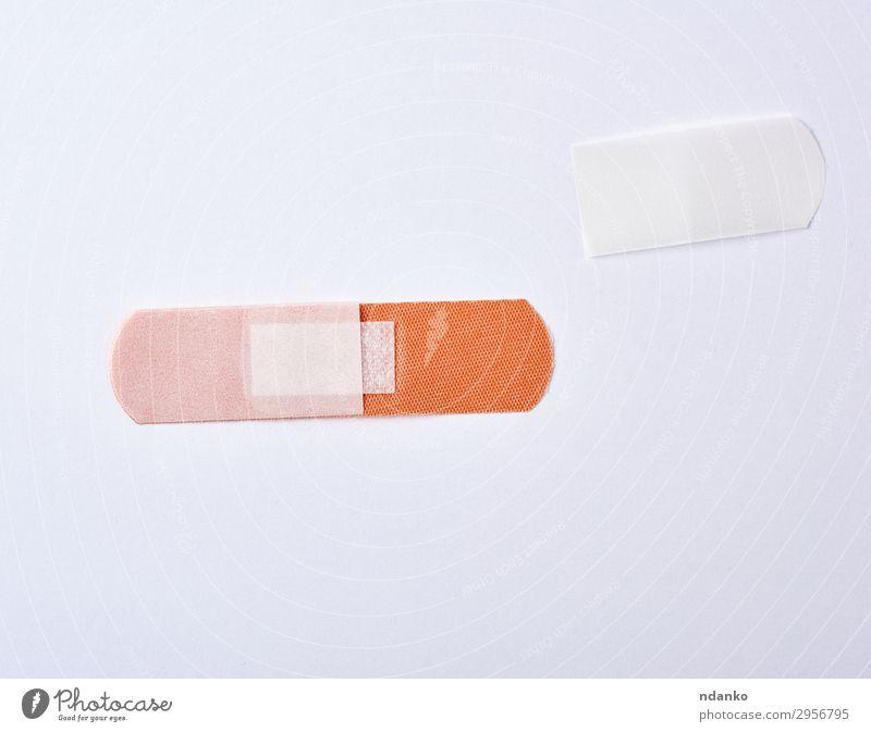 brauner Textilklebepflaster für Wunden Gesundheitswesen Medikament neu weiß Schutz Idee Schmerz verputzen Klebstoff Unterstützung bandagieren Medizin erste