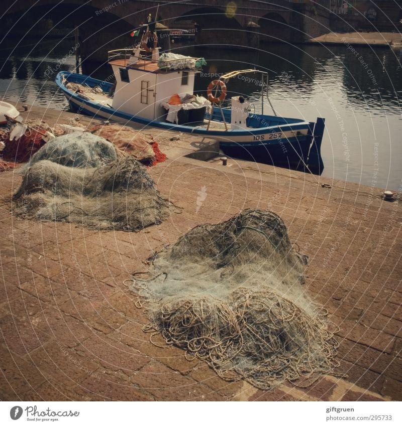 großer fang Arbeit & Erwerbstätigkeit Beruf Fischerboot Wasserfahrzeug Fischernetz Netz Hafen Brücke Fischereiwirtschaft Feierabend Kajüte Fluss Gewässer