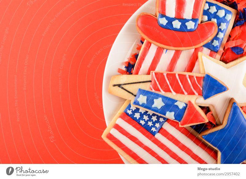 Patriotische Kekse für den 4. Juli. Dessert Teller Dekoration & Verzierung Feste & Feiern Kultur Denkmal Streifen Fahne blau rot weiß Farbe Selbstständigkeit