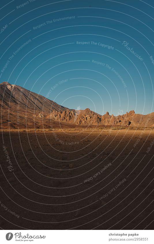 Parque Nacional del Teide Himmel Ferien & Urlaub & Reisen Sommer Landschaft Einsamkeit Berge u. Gebirge Felsen Sand Ausflug Erde Urelemente Sommerurlaub