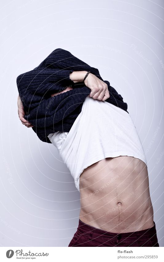 F**K OFF WINTER V Mensch Mann Jugendliche nackt Erwachsene Junger Mann Wärme Erotik lustig 18-30 Jahre Glück Gesunde Ernährung maskulin Sex stehen weich