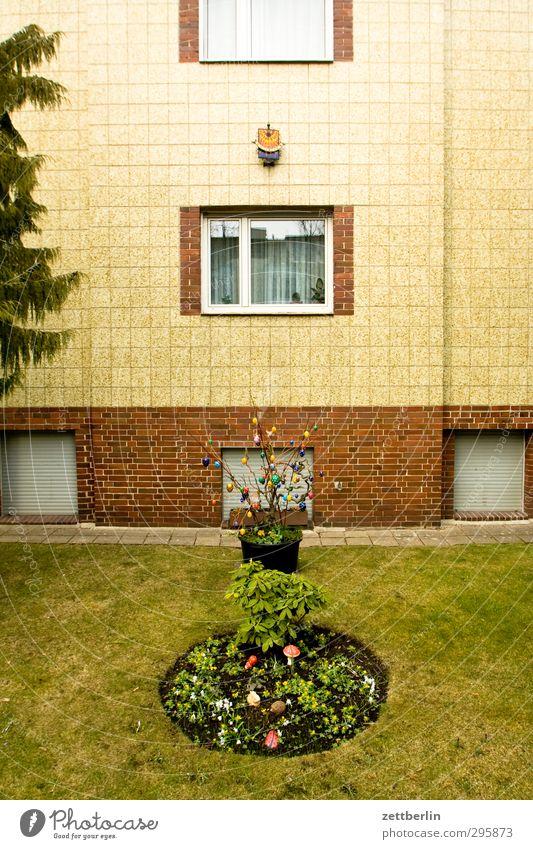 Ostern Mensch Haus Fenster kalt Feste & Feiern Fassade Park Dekoration & Verzierung Frost Wohnhaus Osterei privat Saison Wohngebiet Einfamilienhaus