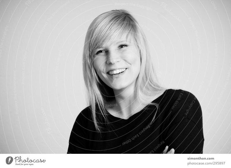Lachen Freude Berufsausbildung Studium lernen Student Business Karriere Erfolg feminin 1 Mensch 30-45 Jahre Erwachsene blond Glück Fröhlichkeit Zufriedenheit