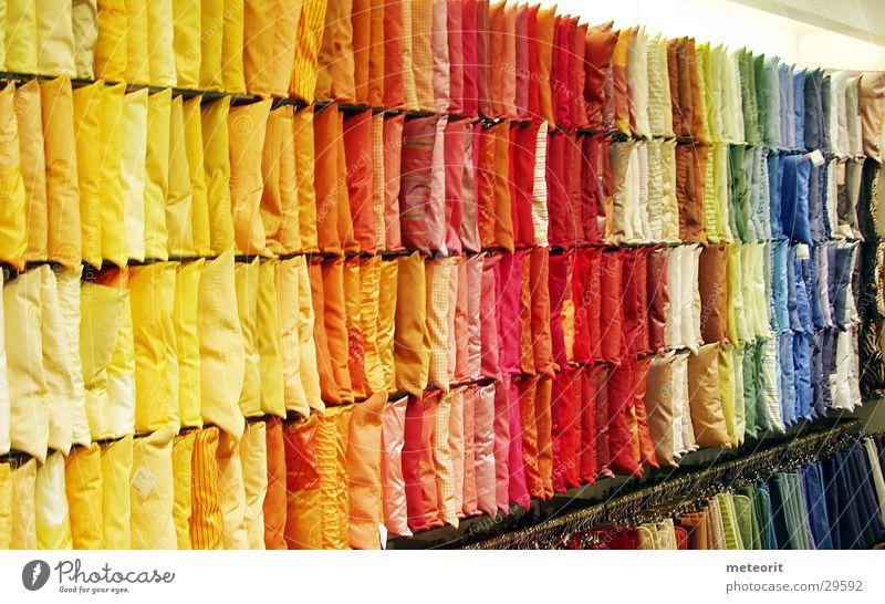 Kissenwelt Farbe Wand Häusliches Leben verkaufen Regenbogen Kissen einrichten