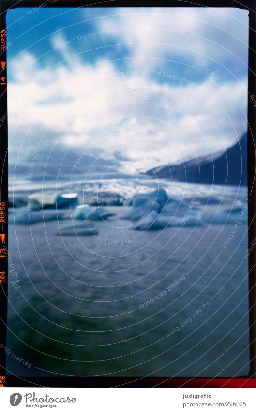 Island Umwelt Natur Landschaft Urelemente Wasser Klima Eis Frost Gletscher Vatnajökull Jökulsárlón kalt Stimmung Vergänglichkeit Eisberg Gletschereis
