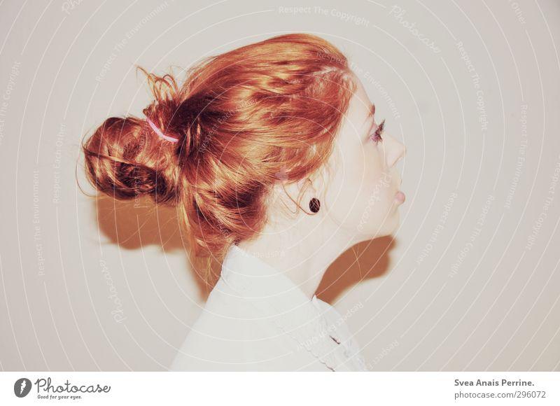 weiß.(6) Mensch Jugendliche schön Junge Frau Gesicht Erwachsene feminin Haare & Frisuren 18-30 Jahre Kopf Coolness Lippen trashig Hals rothaarig Zopf