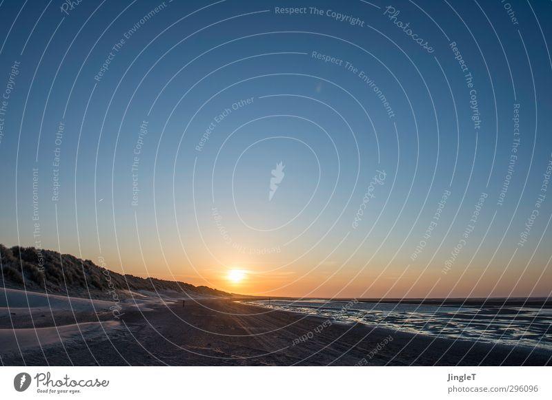 Glow Natur Landschaft Sand Luft Himmel Wolkenloser Himmel Horizont Sonne Sonnenaufgang Sonnenuntergang Sonnenlicht Frühling Schönes Wetter Wellen Küste Strand