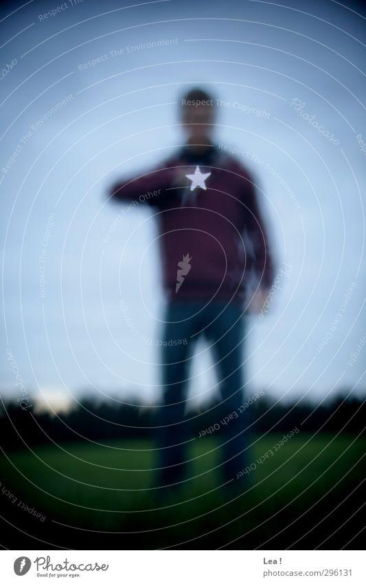 Morgenstern Himmel Natur Jugendliche blau grün Erwachsene dunkel Junger Mann 18-30 Jahre Stimmung maskulin stehen Stern (Symbol) einzigartig Zeichen Kreativität